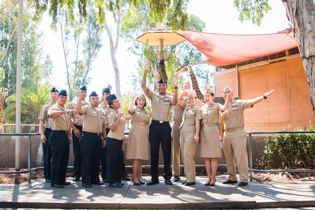 Hm2 Carter S Reenlistment Ceremony At The San Diego Zoo San Diego
